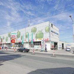 Außenansicht Fachmarktzentrum Salzburg