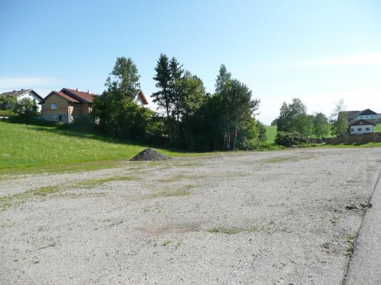 Freiflächen in Gewerbegebiet Weng bei Köstendorf