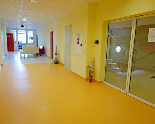 Exklusives Büro mit Ambulatoriums Widmung