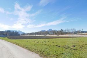 Unbebautes Grundstück Nähe A1-Westautobahn in Salzburg