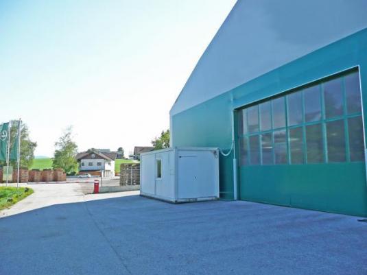 geräumige Kaltlagerhalle mit optionaler Aussenfläche in Gewerbegebiet Weng bei Köstendorf