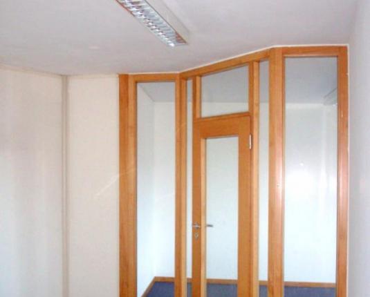 Büroeingangstüre mit Glaselementen
