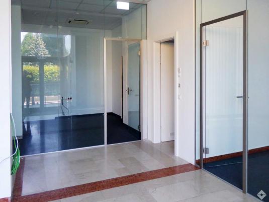 Eingangsbereich zu Büroeinheit