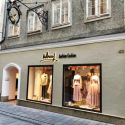 Mothwurf Trachten kommt nach Salzburg